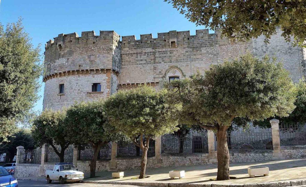 Замок Dentice de Frasso Carovigno Puglia
